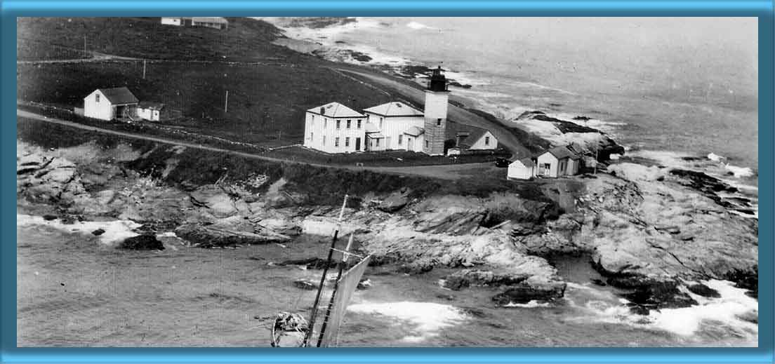 Beavertail Lighthouse 1910's or 1920's